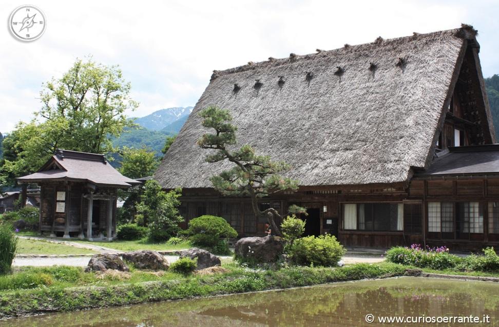 Il curioso errante - Shirakawa le tradizioni giappone 06
