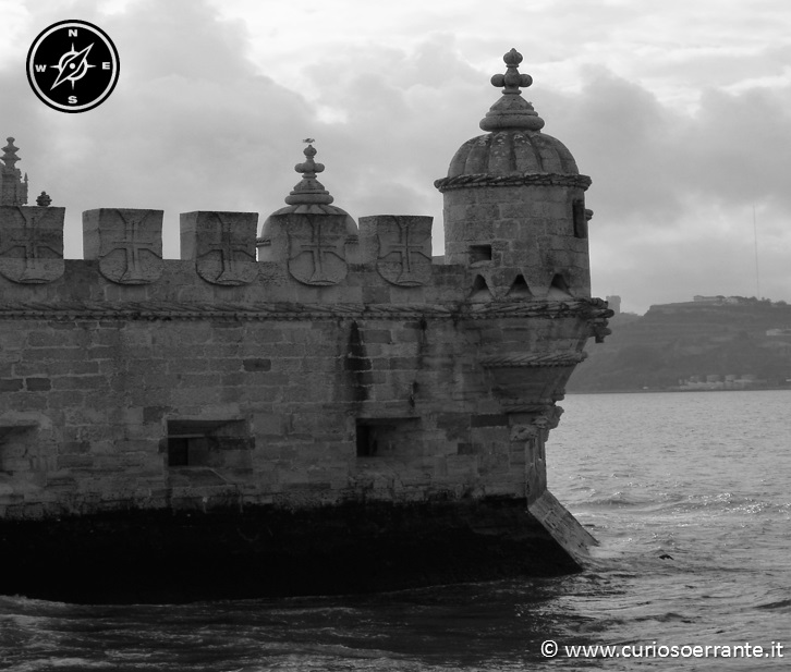 La torre di belem - struttura a forma di barca