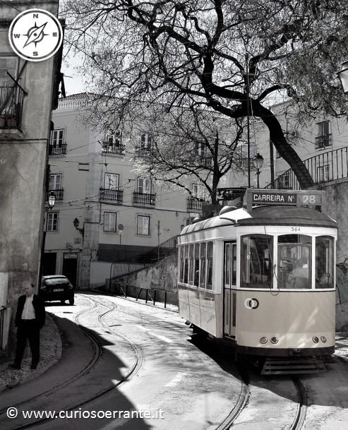 Lisbona - Alfama - Tram cittadino