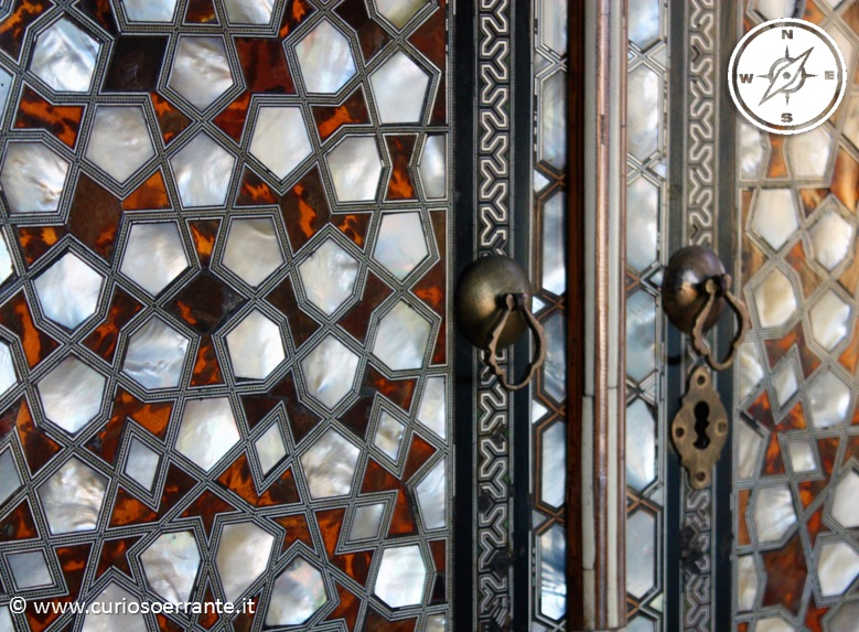 Topkapi - particolare intarsio di un armadio