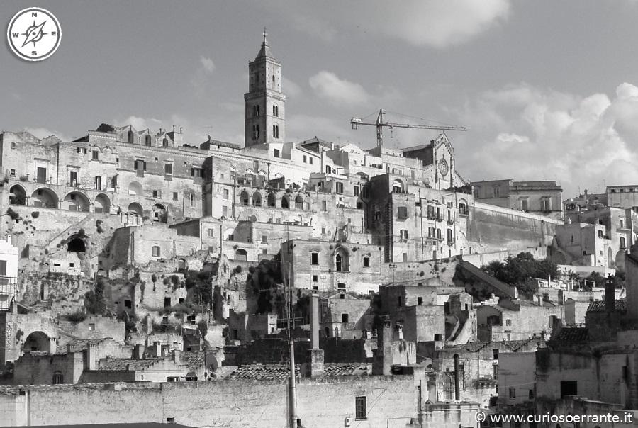 Il colle della Civita - cuore medioevale della città di Matera