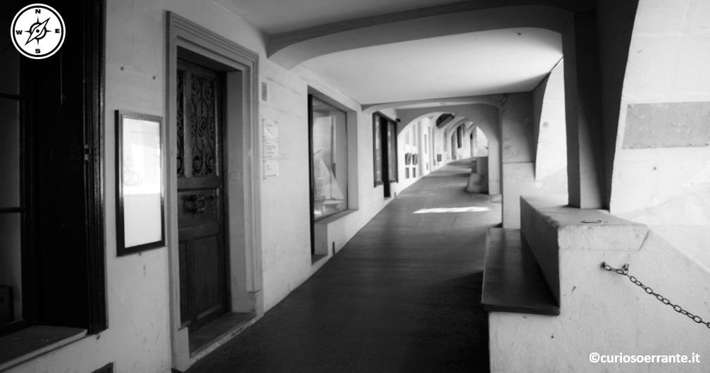 Berna - centro storico portici
