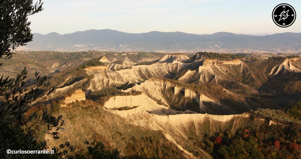 Civita di Bagnoregio - Valle dei Calanchi