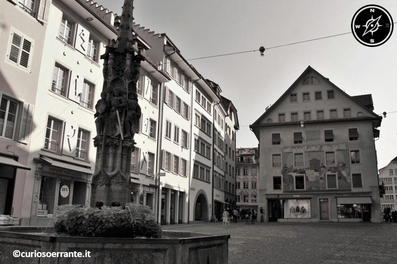 Lucerna - il mercato del vino Weinmarkt platz