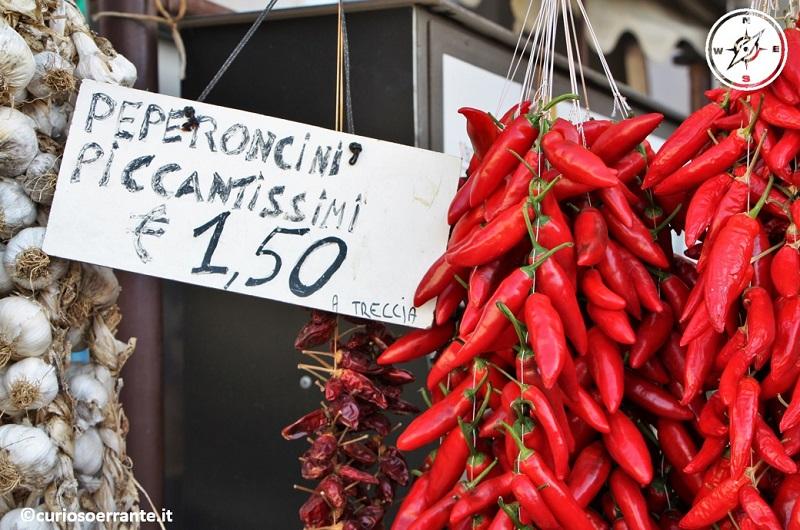 tropea - i peperoncini piccanti calabresi