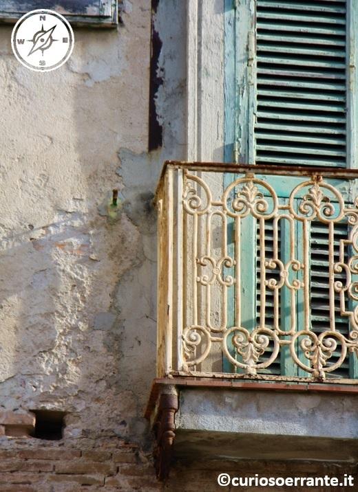 tropea - il fascino delle abitazioni fatiscenti