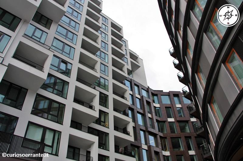 Aker Brygge di Oslo - gli edifici hanno una architettura dinamica
