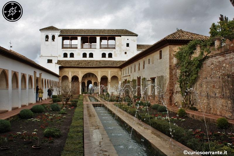 Granada - Generalife il patio de la Acequia