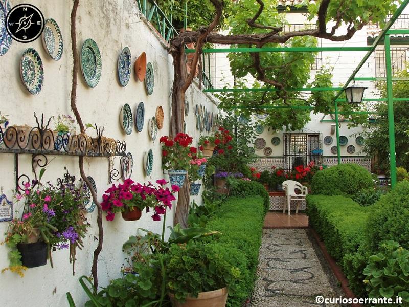 Granada - cortile interno delle càrmenes