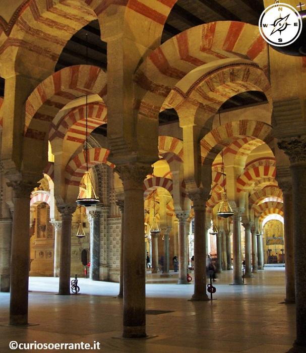Mezquita di Cordoba - L'interno della moschea