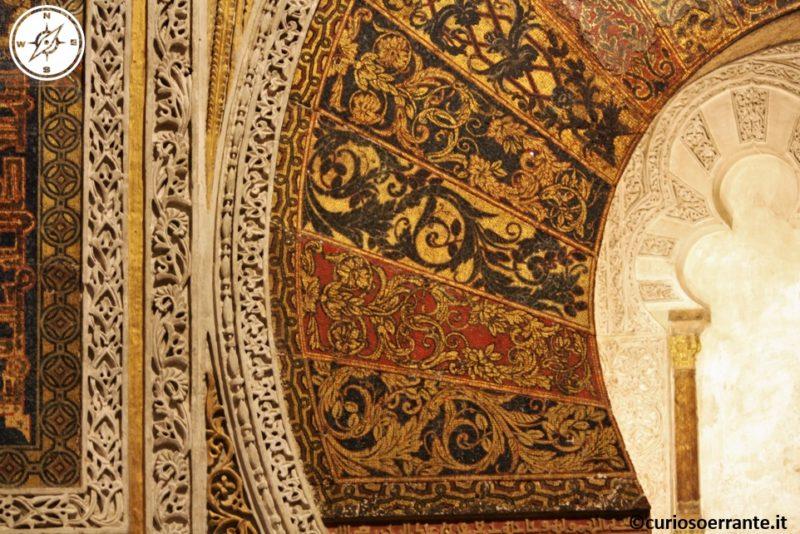 Mezquita di Cordoba - Mihrab particolare delle decorazioni
