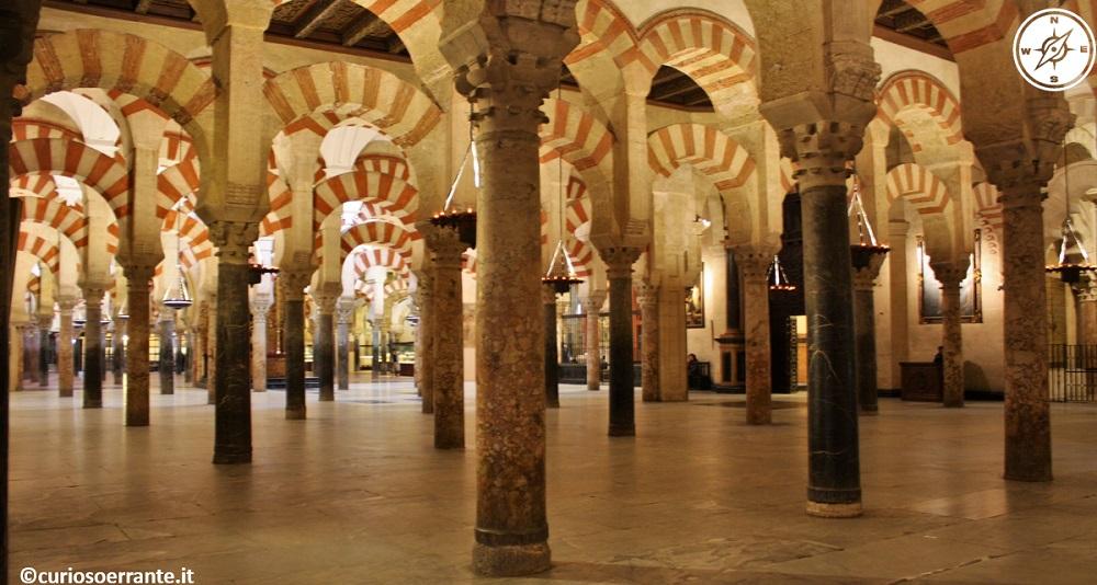 Mezquita - la grande moschea di Cordova