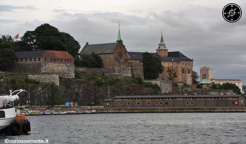 Oslo - Castello di Akershus Festning visto da Oslofjorden