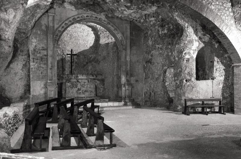 cagliari - cripta di santa restituta