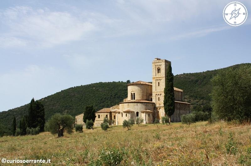 Abbazia di Sant'Antimo in Val d'Orcia 2