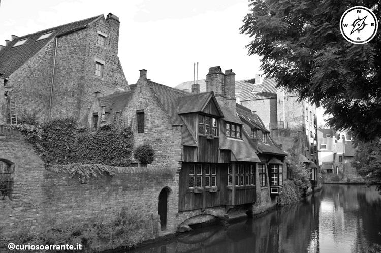 Bruges - antichi mulini sui canali