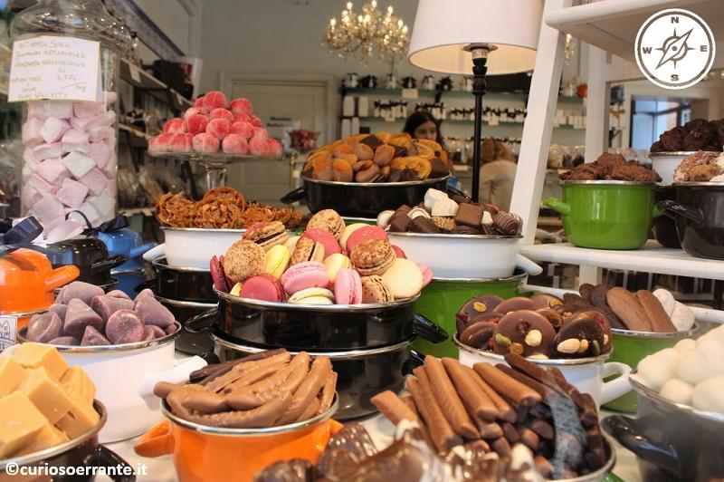 Bruges - Cioccolatini e Macarons