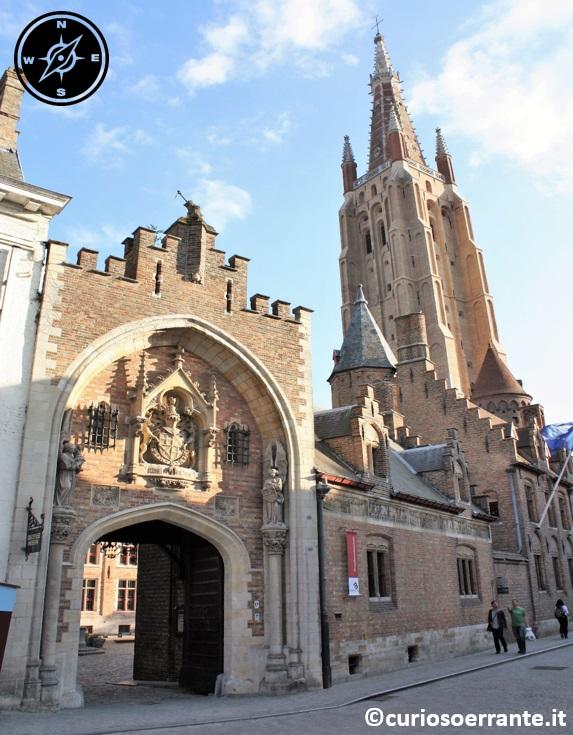 Bruges - La Chiesa di Nostra Signora entrata