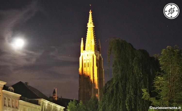 Bruges - la chiesa di nostra signora