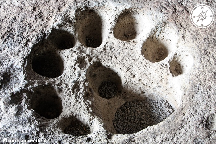 Domus de jadas - La tomba del re buche sul pavimento