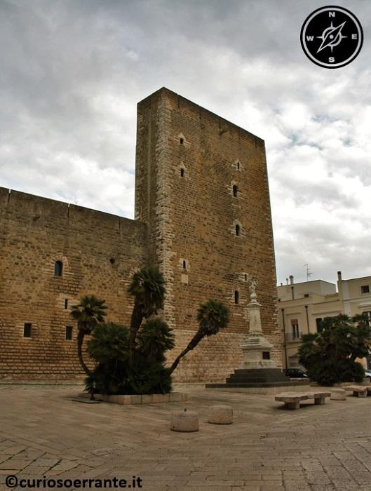 Gioia del Colle - Una delle torri del Castello Normanno-Svevo