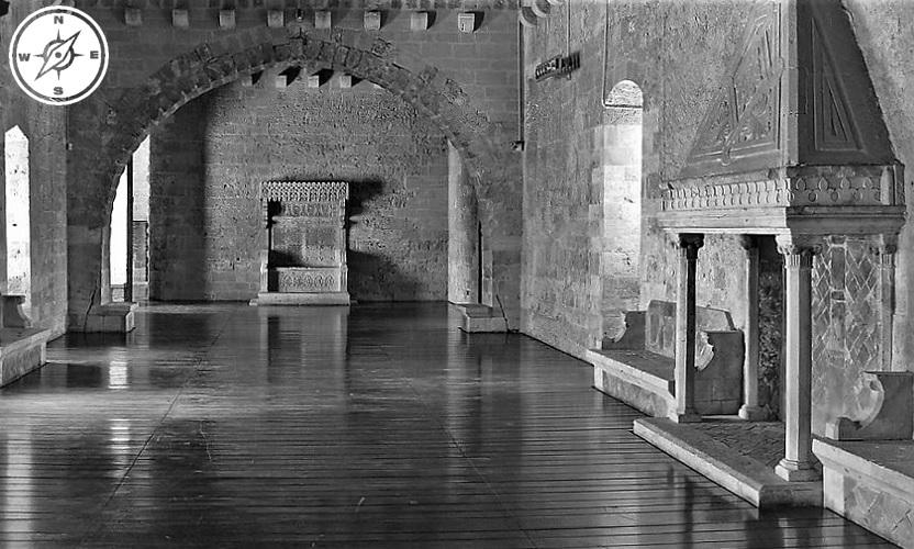 Gioia del Colle - la sala del trono del castello normanno svevo