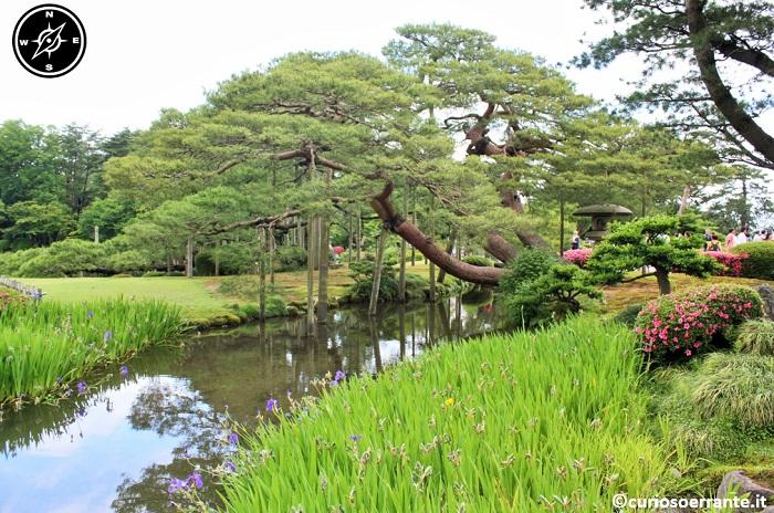 Kanazawa - Giardino Kenroku-en corsi d'acqua