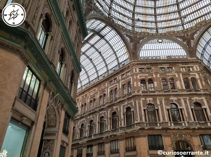 Galleria Umberto I di Napoli - uffici ed hotel al 2 e 3 piano