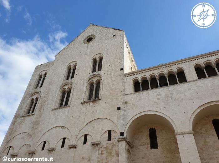 Bari La basilica di San Nicola facciata laterale