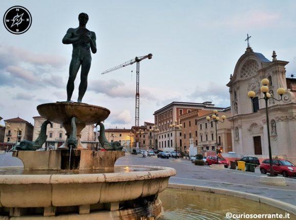 L'aquila - Fontana Vecchia a Piedi Piazza