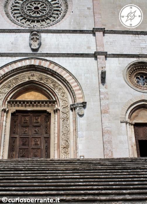 Todi - Entrata del Duomo