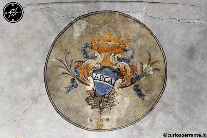 Amelia - Affresco con stemma della città