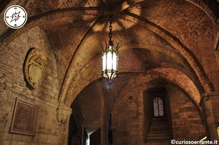 Perugia - Palazzo dei Priori - Entrata del Palazzo