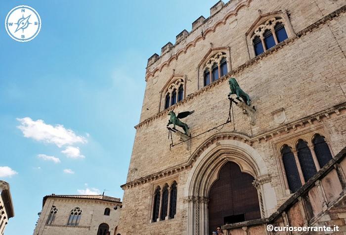 Perugia - Palazzo dei Priori - Facciata su Piazza IV Novembre