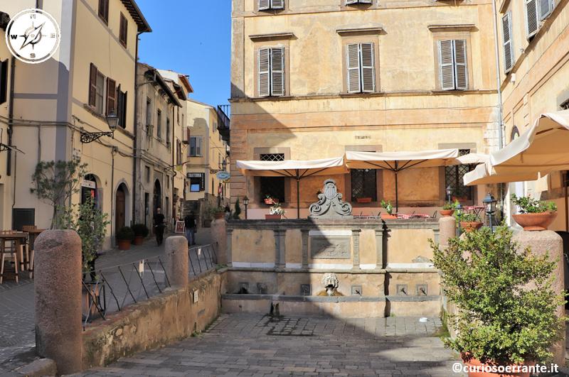 Bolsena - Piazza della Fontana di San Rocco