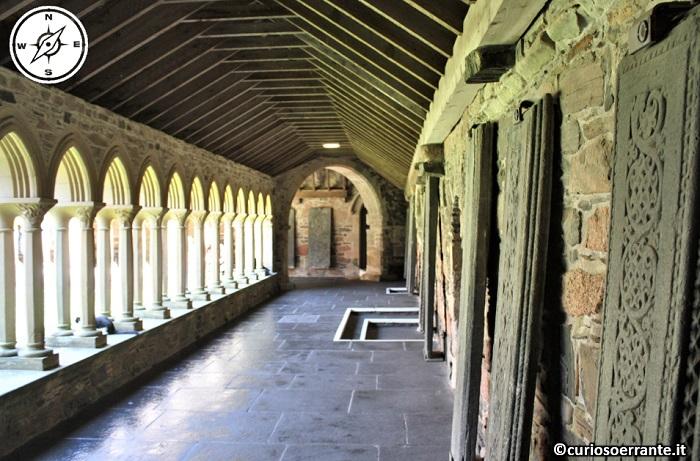 Isola di Iona - the nunnery il convento agostiniano chiostro - Scozia