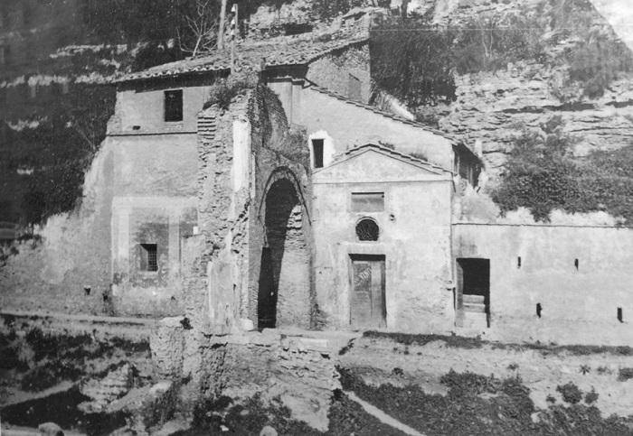 Il quartiere Testaccio di Roma - Arco di San Lazzaro (foto d'epoca)