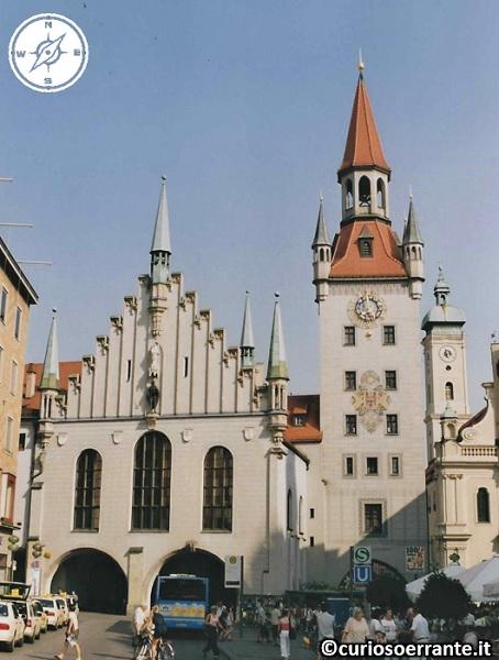 Marienplatz Monaco di Baviera - Altes Rathaus