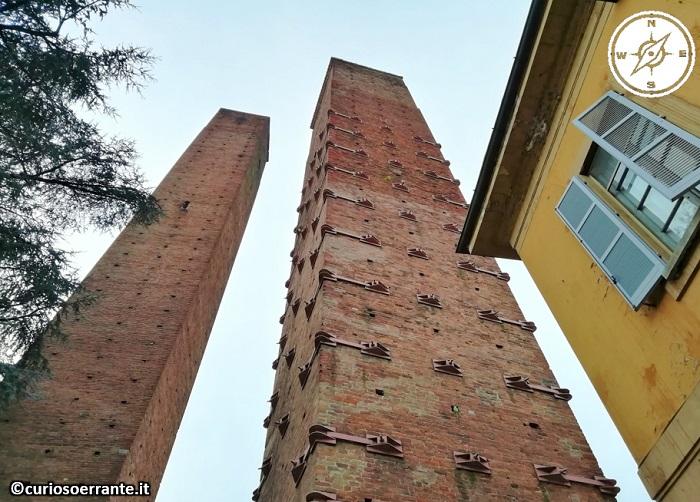 Pavia - Torri Medioevali