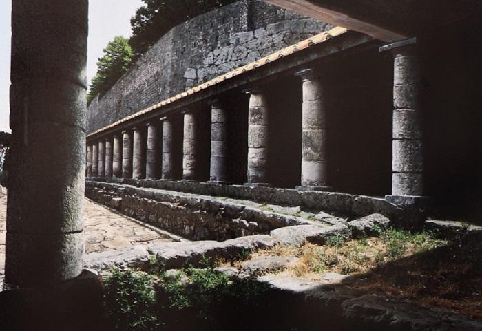 Acropoli di Alatri - Portico di Betilieno Varo