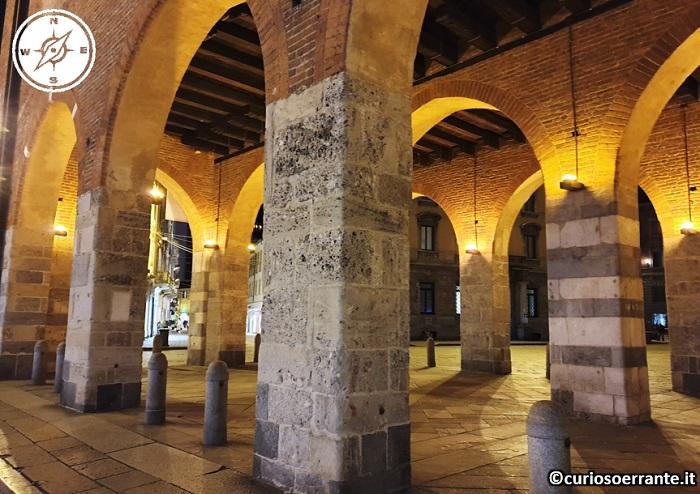 Arengario di Monza - Portico ad archi acuti adibito a mercato