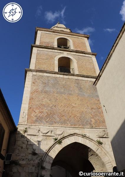 Larino - Campanile della Cattedrale di San Pardo