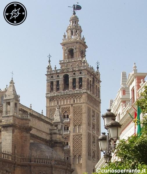 Siviglia - La Giralda, il campanile della cattedrale