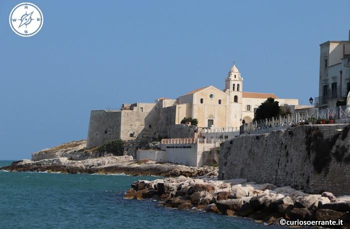 Vieste - Punta Santa Croce vista dal porto