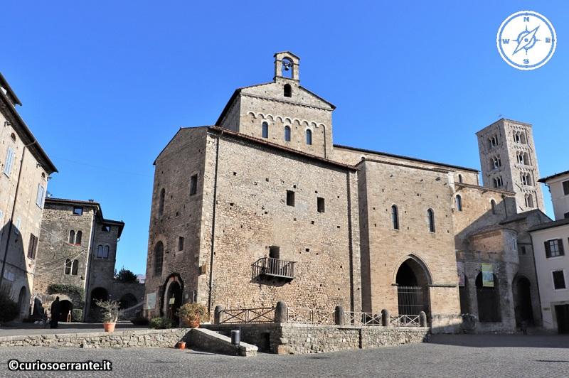 Anagni e la cattedrale di Santa Maria - fianco sinistro
