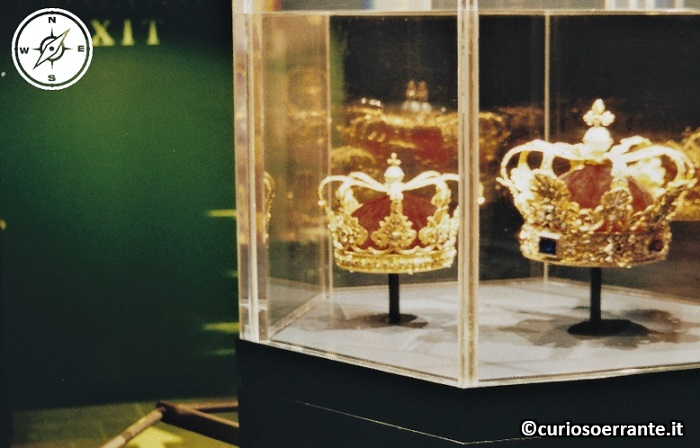 Copenaghen - Castello di Rosenborg il tesoro reale e la corona danese