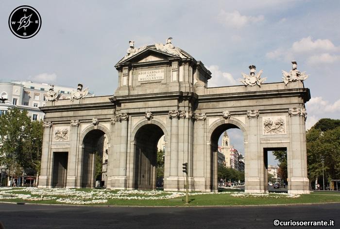 Madrid borbonica - Puerta de Alcalà