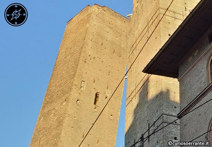 Bologna - La Torre della Garisenda 2