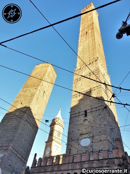 Le due torri di Bologna - Asinelli e Garisenda