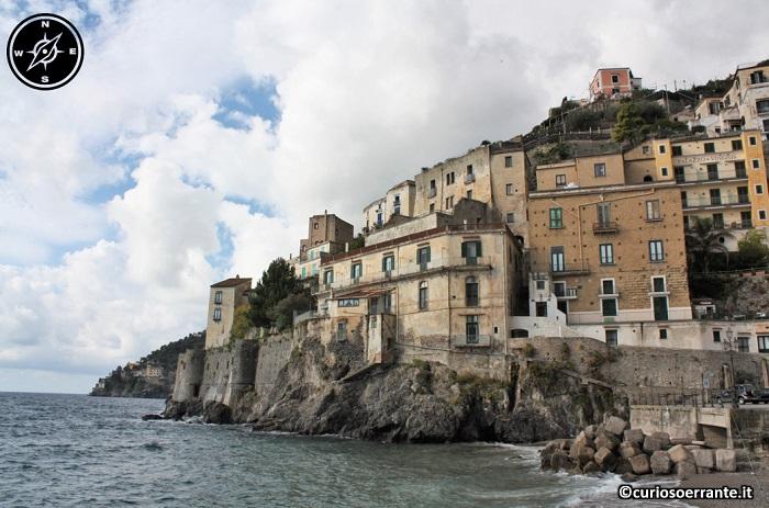 Amalfi - case sulla costa